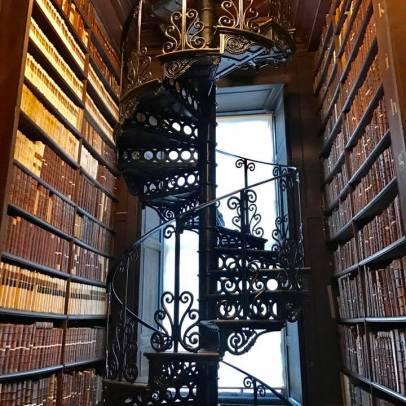 Trinity College - Long Hall